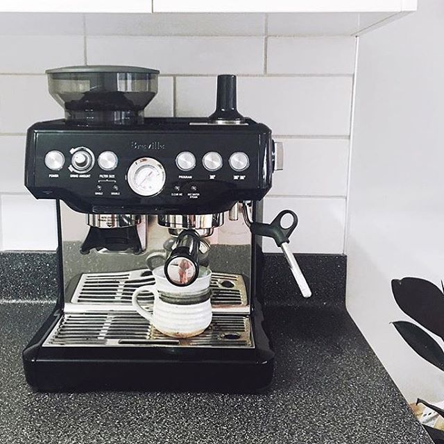 Start Your Monday Right Every Week With A Homemade Coffee Created With Our Breville Barista Express Breville Barista Express Coffee And Books Coffee Bar