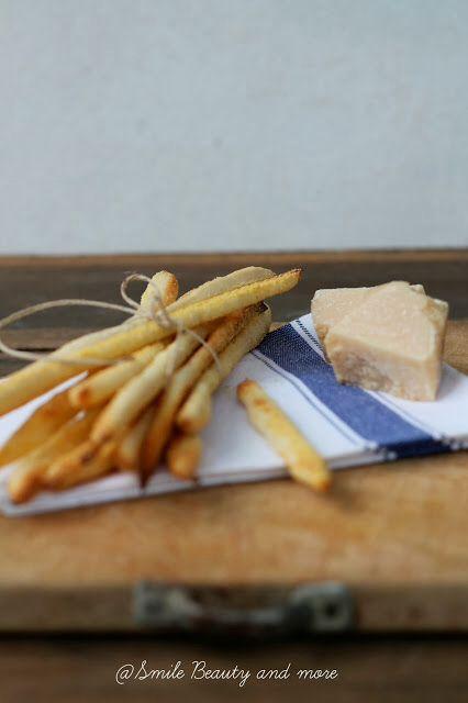 Grissini al formaggino www.smilebeautyandmore.blogspot.it
