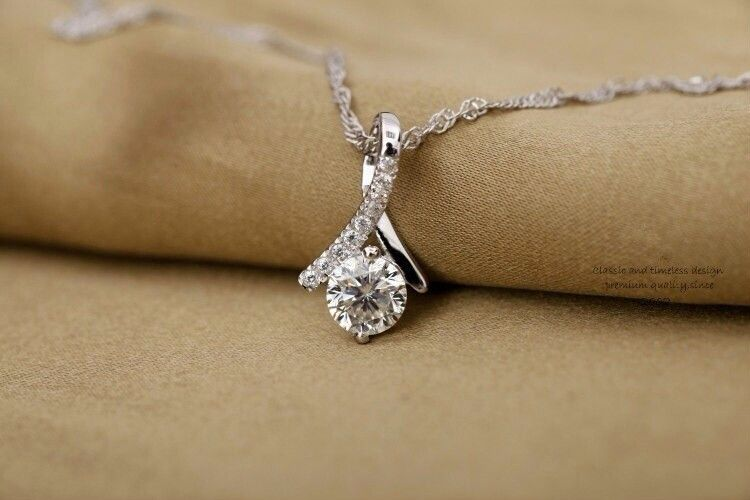 Diamond Necklaces and Pendants | Diamonds Rock Cincinnati