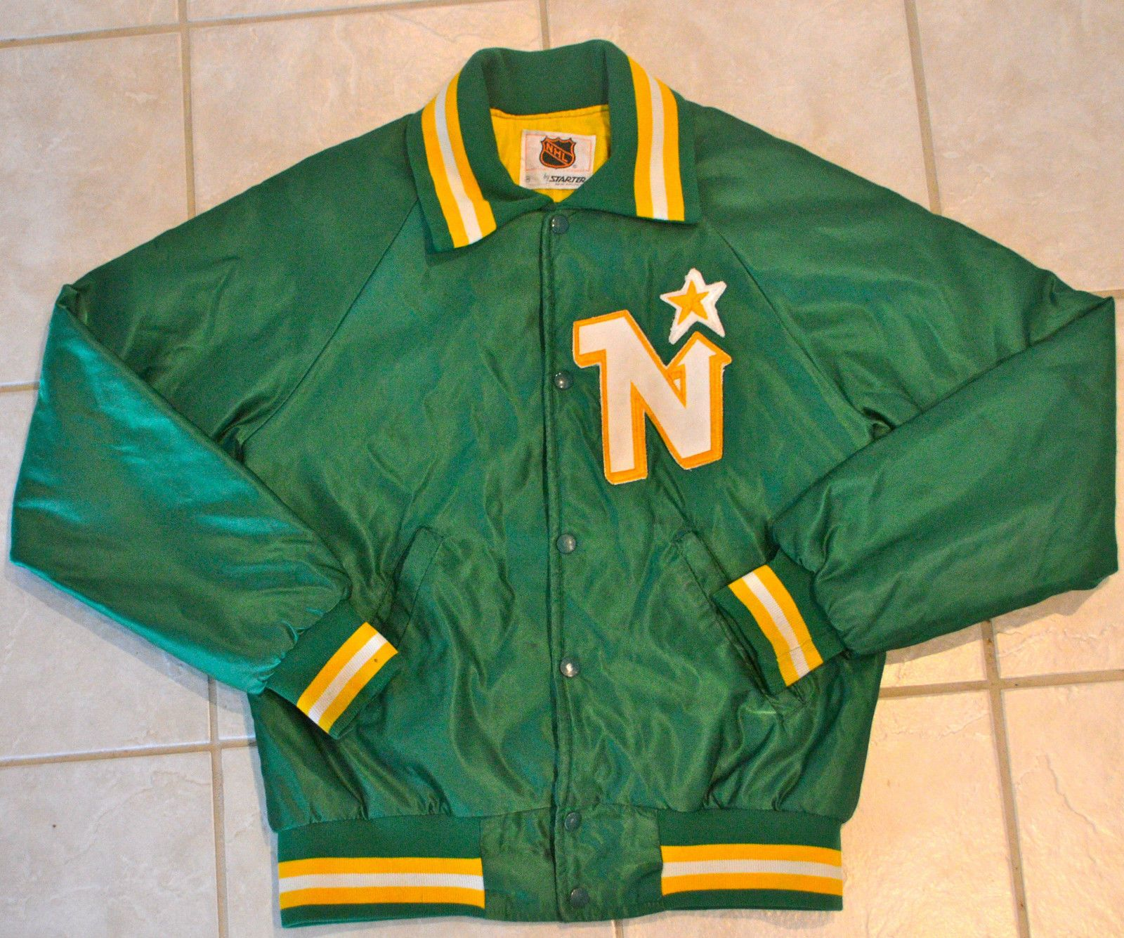 Vintage 80s Minnesota North Stars Starter Jacket Size Med Ebay Minnesota North Stars Retro Jacket North Star