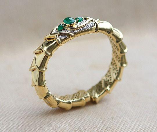 0f918da6d47c Роскошный, браслет с изумрудами и бриллиантами золото 750 пробы вес 74,2  грамма бриллианты