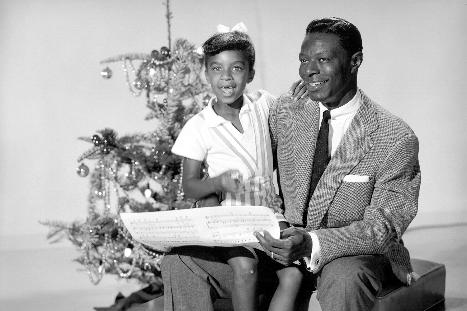 The Top 100 Christmas Songs | Music | Pinterest | Natalie cole, Nat ...