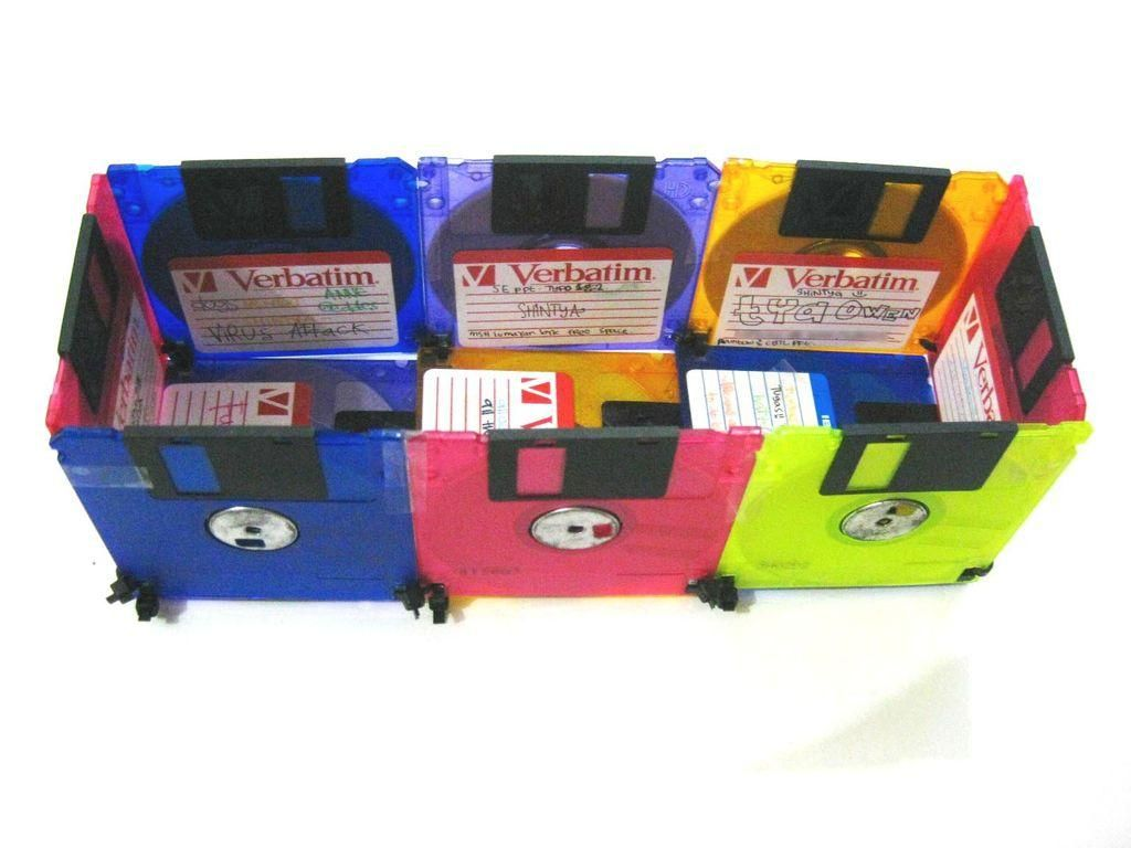 Crafts from floppy disks 67