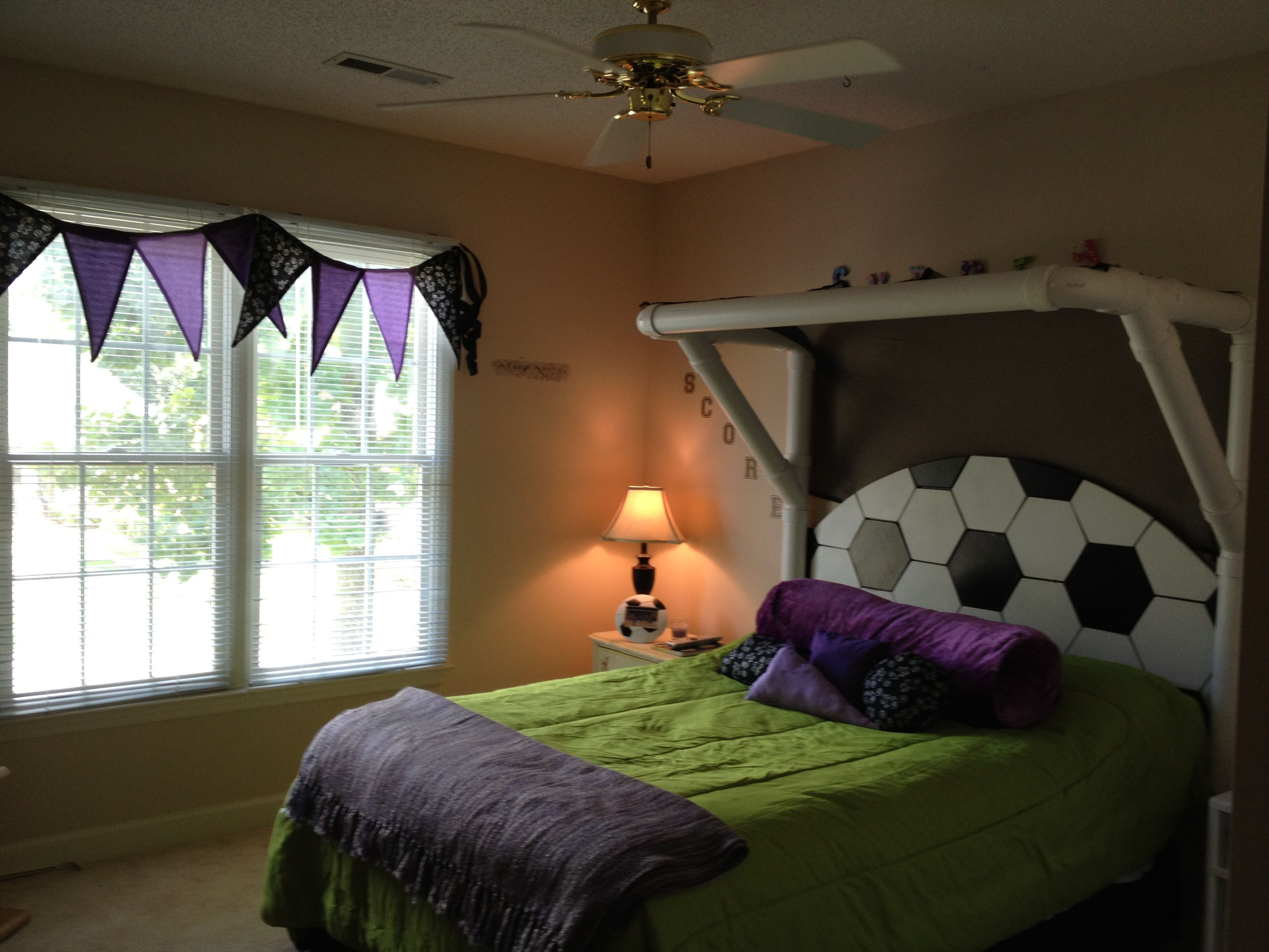 Kids soccer bedroom Love this for Camden  Cool Bed and