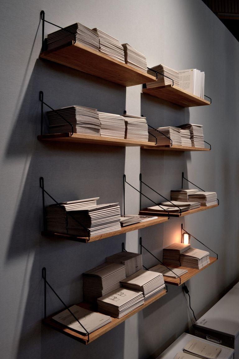 #Frama Shelf #Wandregal 60 cm bei www.flinders.de #design #eiche #danish
