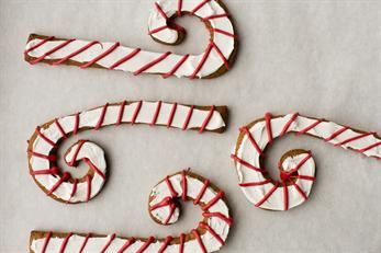 Make your own ornaments and make your tree the yummiest!