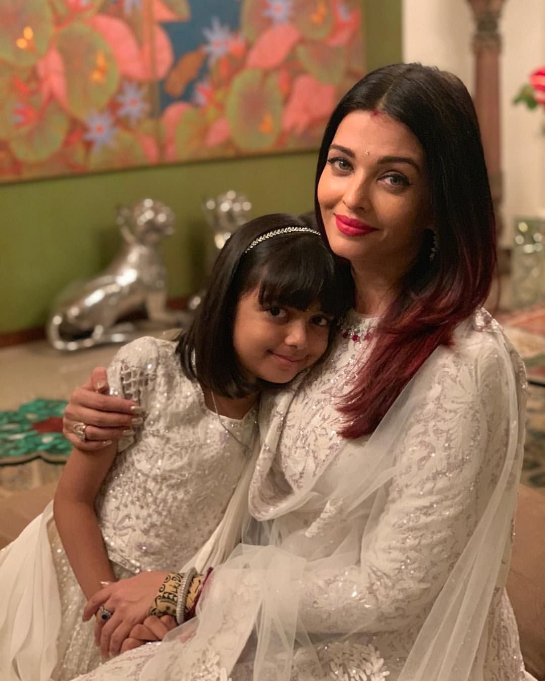 Aishwarya Rai Bachchan Twinning With Her Daughter Aaradhya On Her Birthday Happybirthday Aaradhya Bachchan Deepika Padukone Style Beautiful Actresses