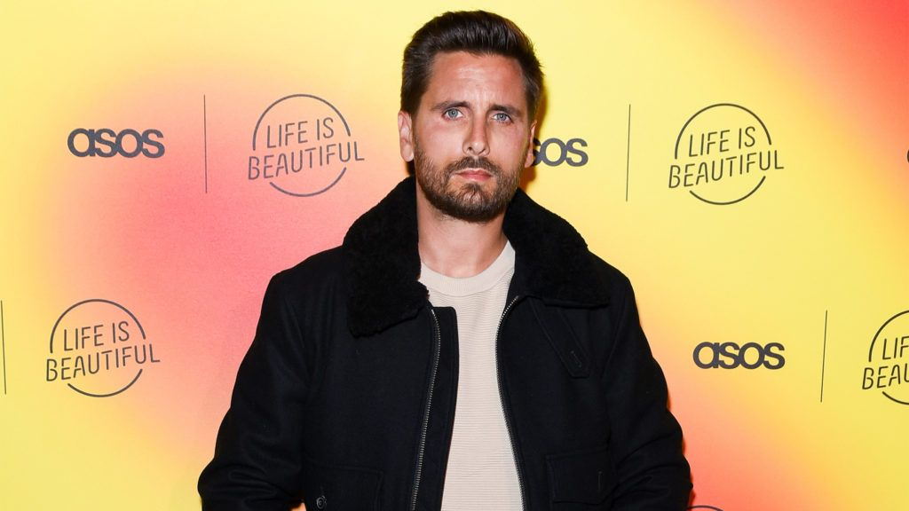 Reality Tv Star Scott Disick Tries To Flip Hidden Hills Ca Home See Before And After Photos In 2020 Scott Disick Reality Tv Stars Celebrity Real Estate