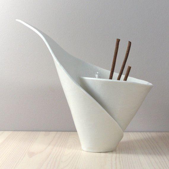 White porcelain spiral lilly incense burner / votive, handmade for vanilla pods incense tealights candles BELLISSIMOOOOOO