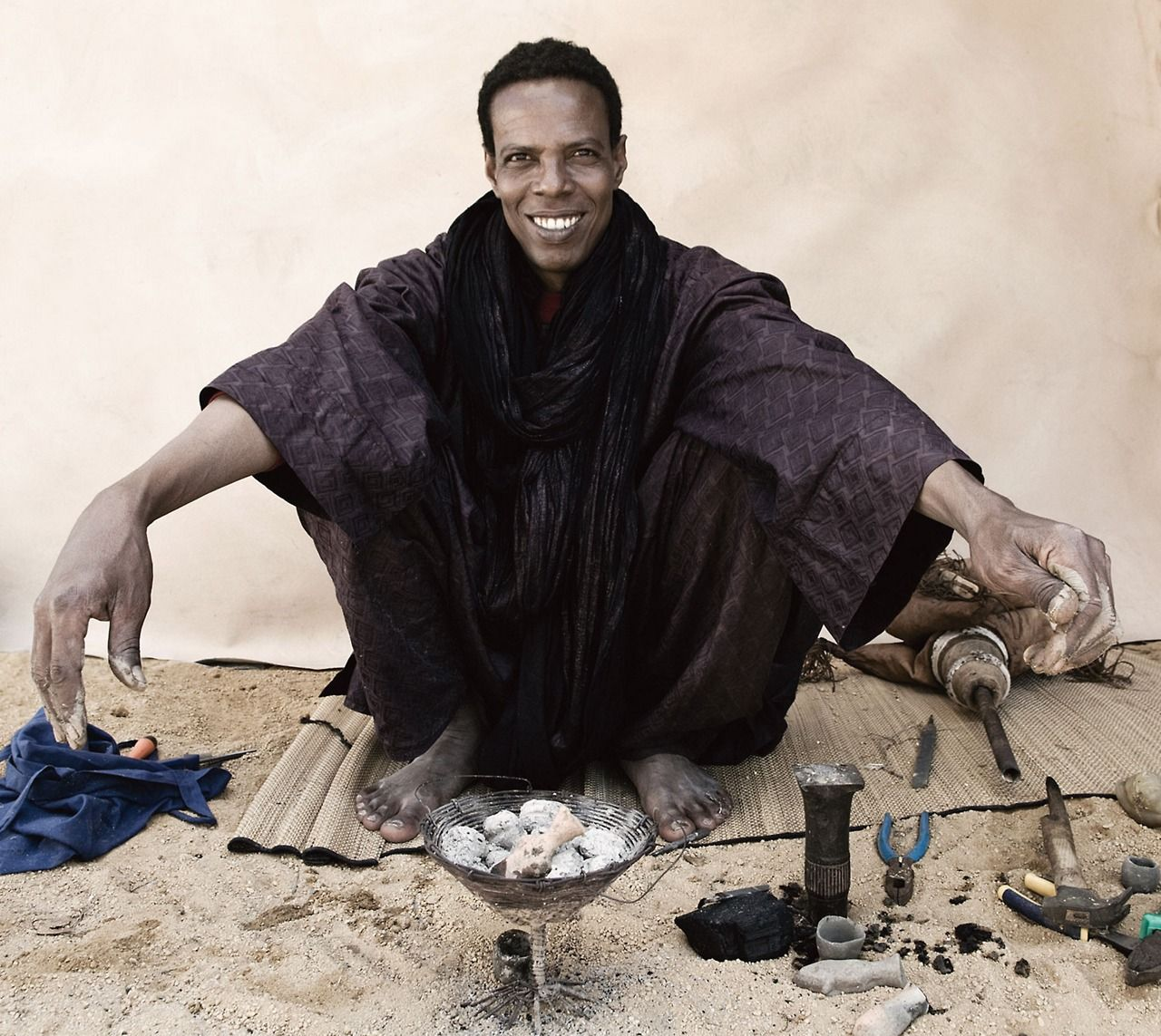 COVET  Tuareg Jewelry  The Tuareg are a semi-nomadic people of North Africa who are world-renowned for their gorgeous sterling silver jewelry. Photographed by Christian Peacock (via Jewelers of the Desert | HandEye)