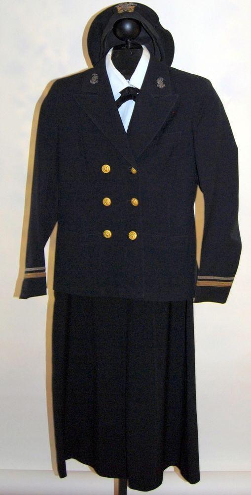 Vintage Wwii Us Navy Nurses Complete Uniform With Beret Navy Nursing Navy Uniforms Vintage Nurse