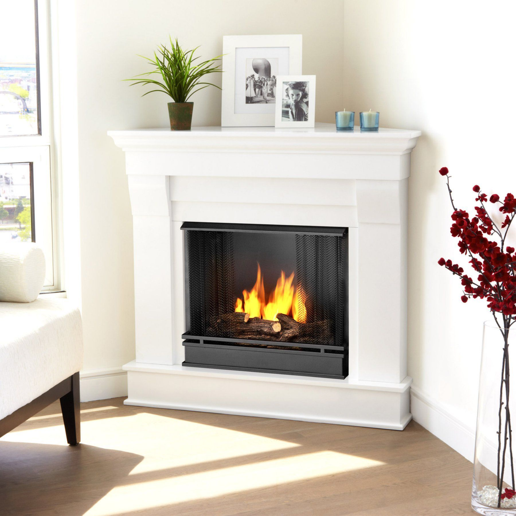 Real Flame Chateau Corner Ventless Gel Fireplace White