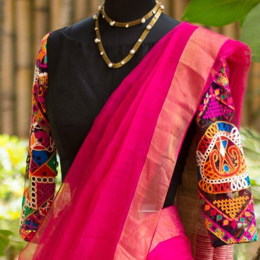 bd8c9d5ed65ec Plain Sarees With Kutch Work Blouse - A Must Try Style