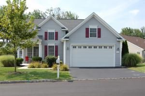 For Sale 55 Community Of Foxfield In Garnet Valley Pa Retirement Community Home Find Homes For Sale