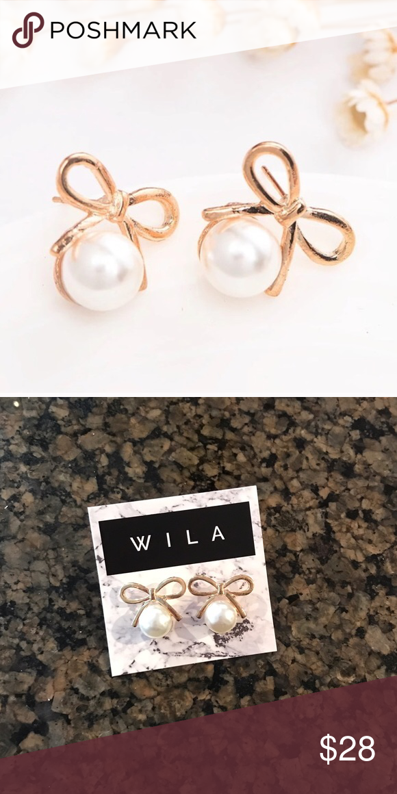 Gold Pearl Bow Earrings 🎀 So feminine and cute! 14k gold