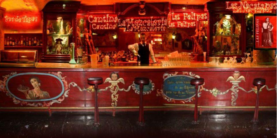 El restaurante El Candelero evoluciona y abre un espacio para probar y degustar más de 40 etiquetas de mezcales debidamente certificadas...