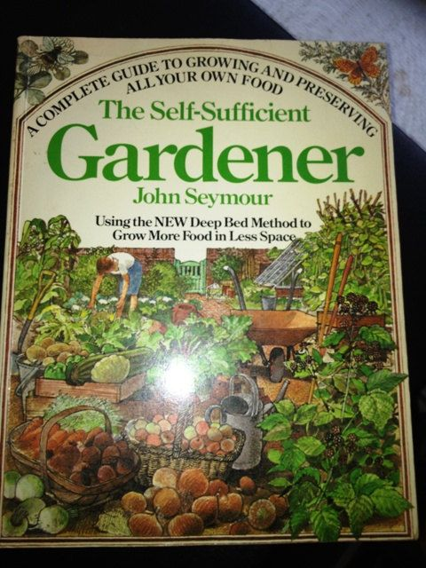 99e67a40fb14a6dc6699175f2995fc4b - The New Self Sufficient Gardener John Seymour