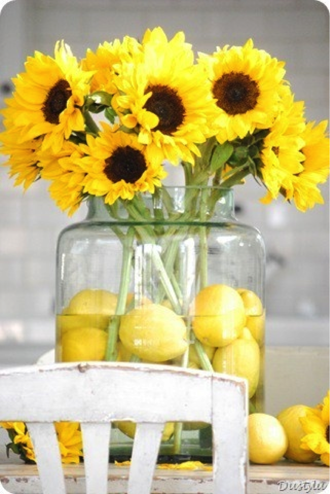 Tuesday Tip Use Sunflowers And Lemons For Your Summer Table Great
