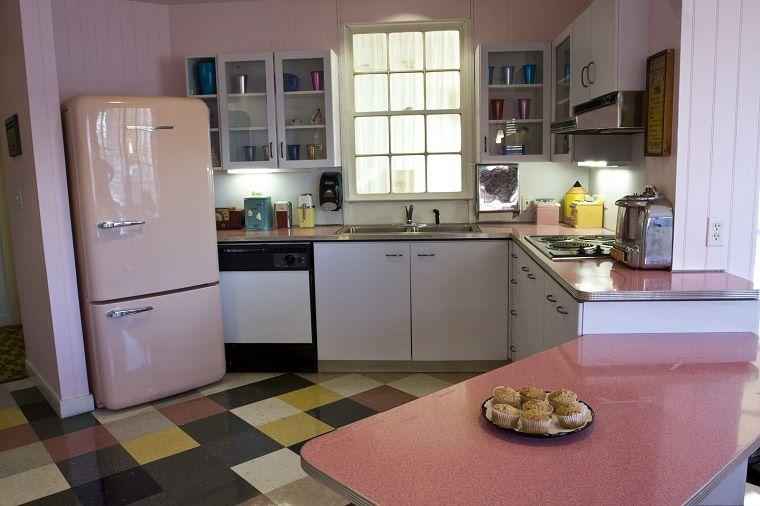 arredamento-anni-60-esempio-cucina | Mobili anni 60 | Pinterest