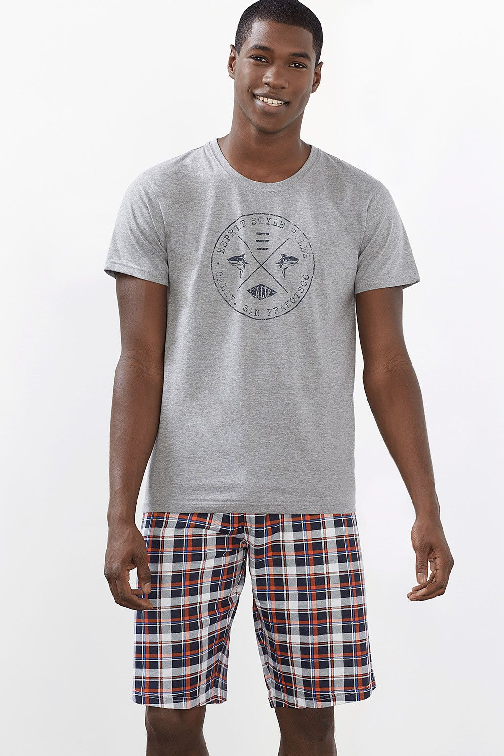 d93ffcc47d ... could live in this pyjama set comprising a T-shirt and a pair of casual  check bermuda shorts. -The premium cotton jersey is super comfortable to  wear.