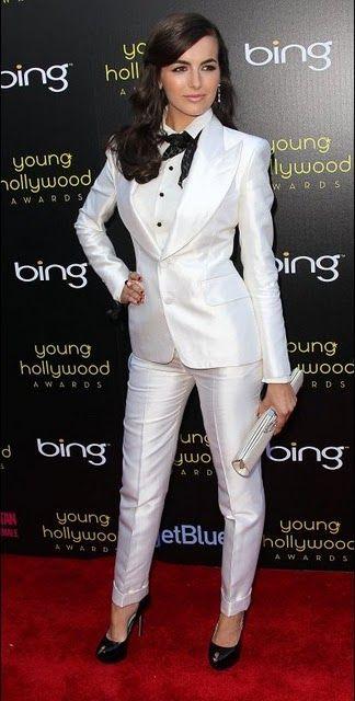 White Pant Suit | Dress&shit | Pinterest | Костюмы, Белые костюмы ...