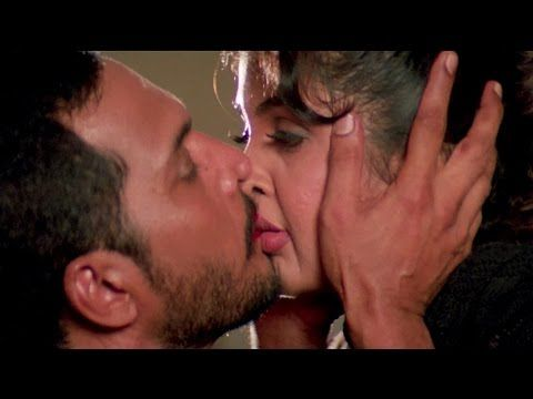 Kissing scenes bollywood actresses
