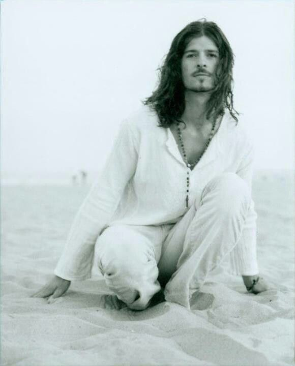 Old School Robin Thicke This Is Actually Pretty Hilarious To Me Lol Long Hair Styles Men Robin Thicke Beautiful Boys