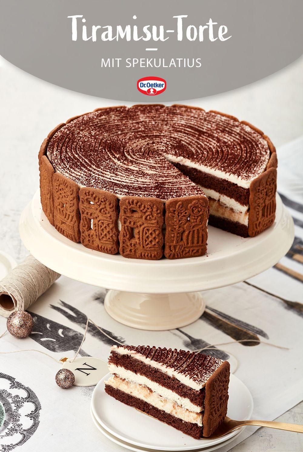 Beliebte Klassiker, perfekt kombiniert: Eine cremige Torte mit Spekulatius, dunklem Biskuit, Mascarpone und Amaretto wird zum Lieblingsgebäck zu Weihnachten. #Weihnachtstorte #Dessert #Rezept