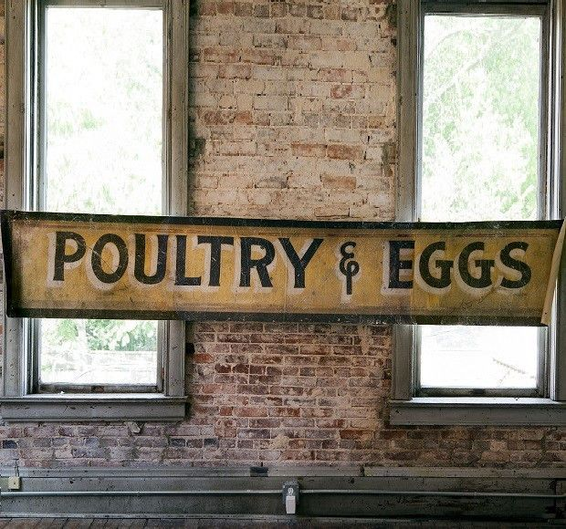 Vintage Wooden Signs Home Decor: Poultry & Eggs Vintage Style Canvas Banner
