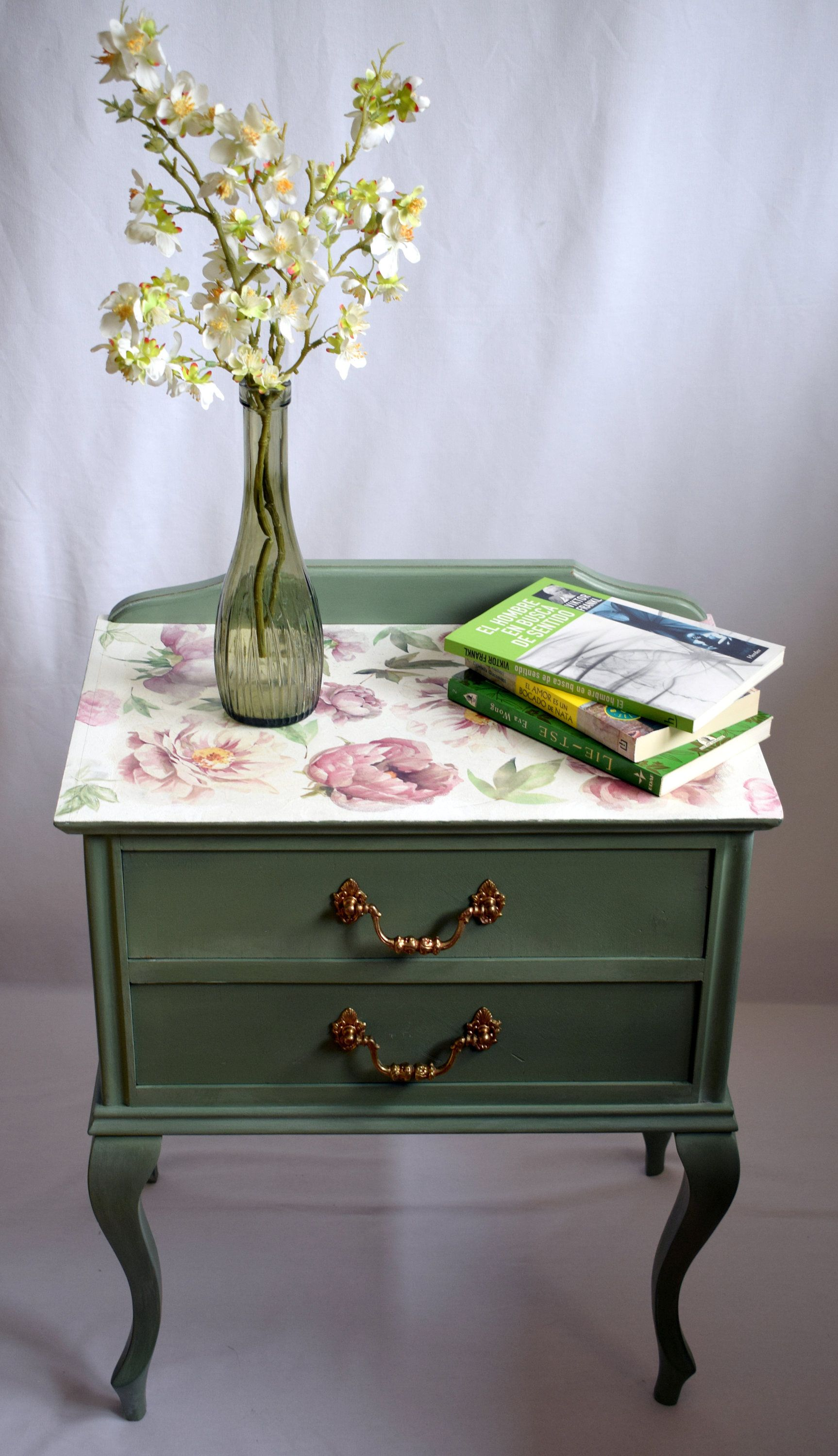 Bedside table vintage green, romantic light table, auxiliary ...