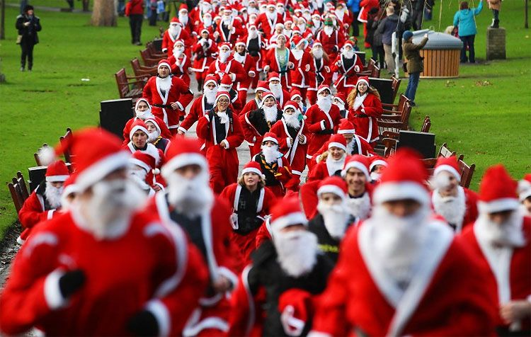 Santa Dashes And Holiday Inspired Marathons For Article