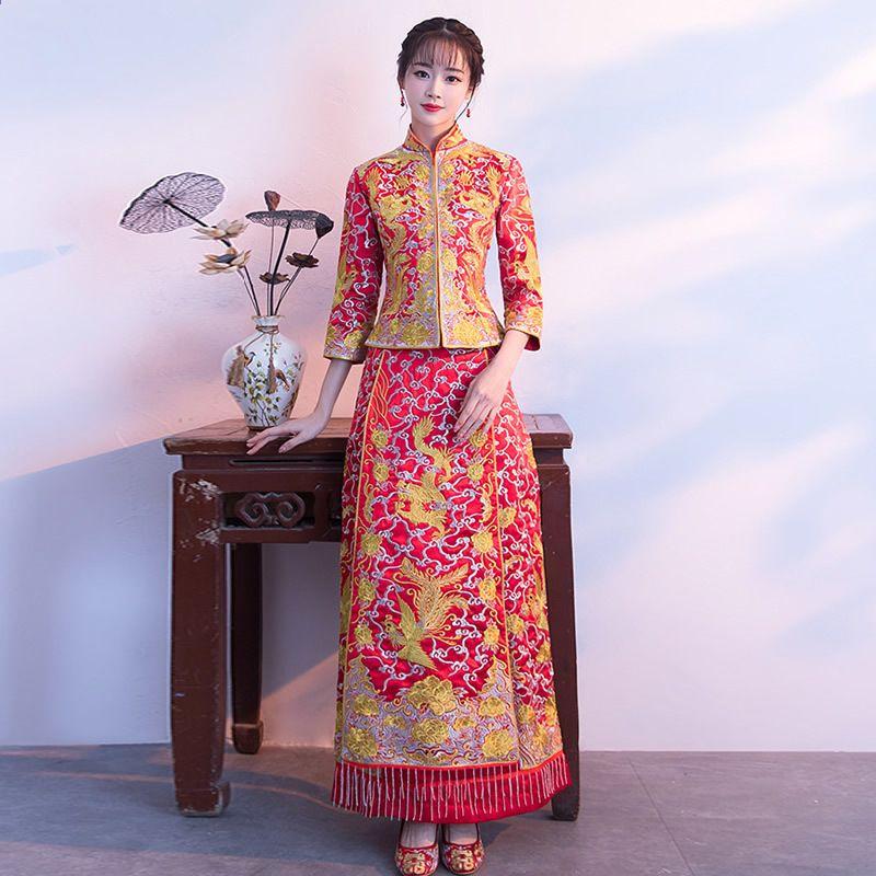 Červená nevěsta Qipao dlouhé tradiční čínské stylu svatební šaty vyšívání  Cheongsam Phoenix Traditionnel Chinois Vestidos Chineses 40f6a91a38