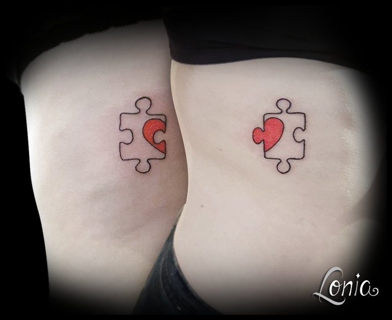 Tatouage Lonia Tattoo coeur puzzle amies couple duo