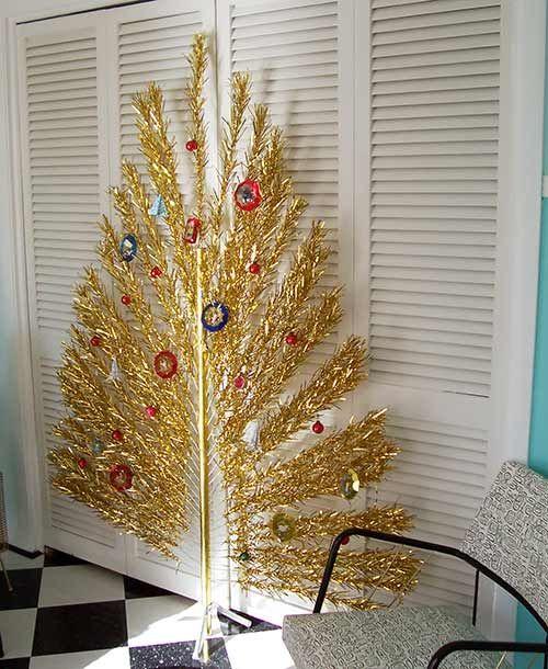 Flat Evergleam Peacock Aluminum Christmas Trees A Vintage
