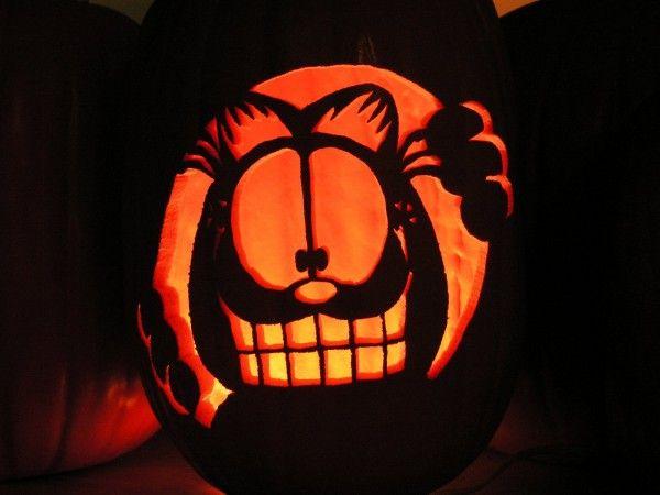 Garfield Carved Cat Pumpkin For Halloween Pumpkin Art Halloween Cat Cat Pumpkin