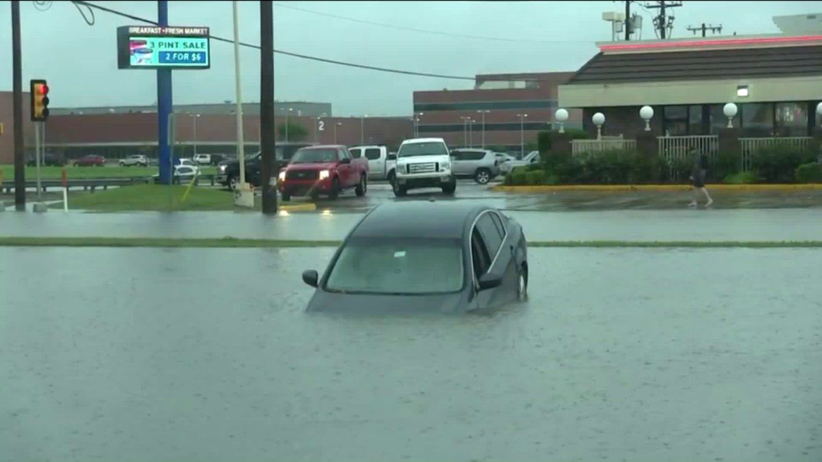 Here are some vehicle home flooding recovery tips from