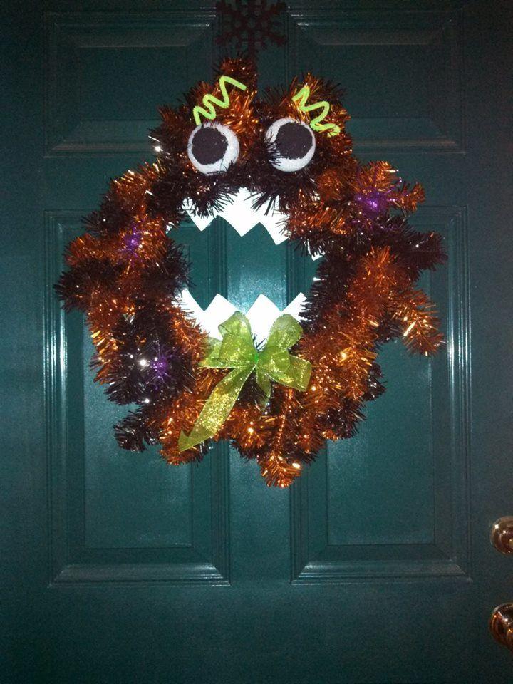 Googly eyes says happy halloween halloween wreath