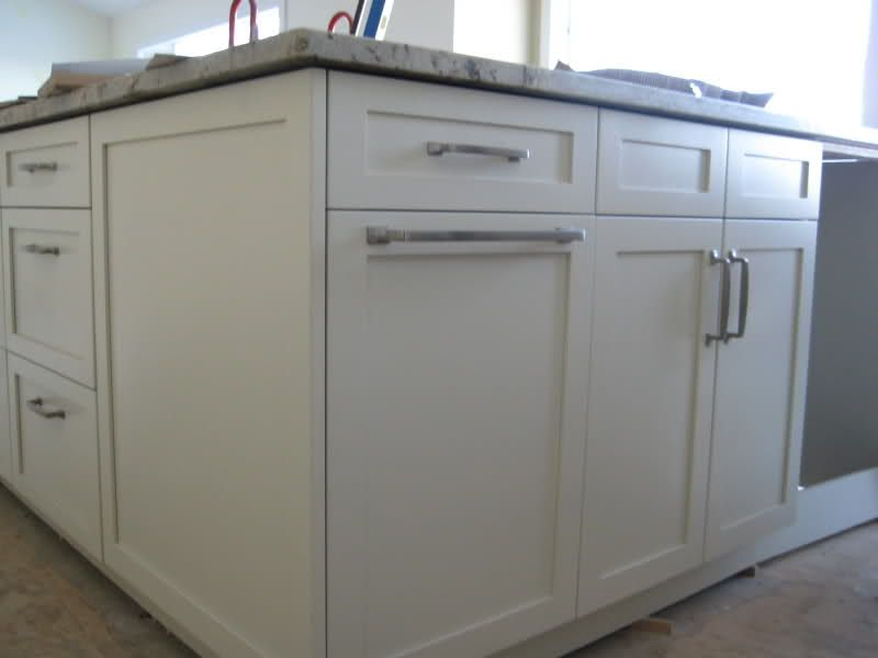the cabinet handles are 6 inch and the appliance handle is 14 inch