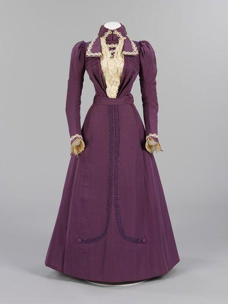 Wedding dress London, England (made) early 1899 (made) 8 June 1899 (worn)