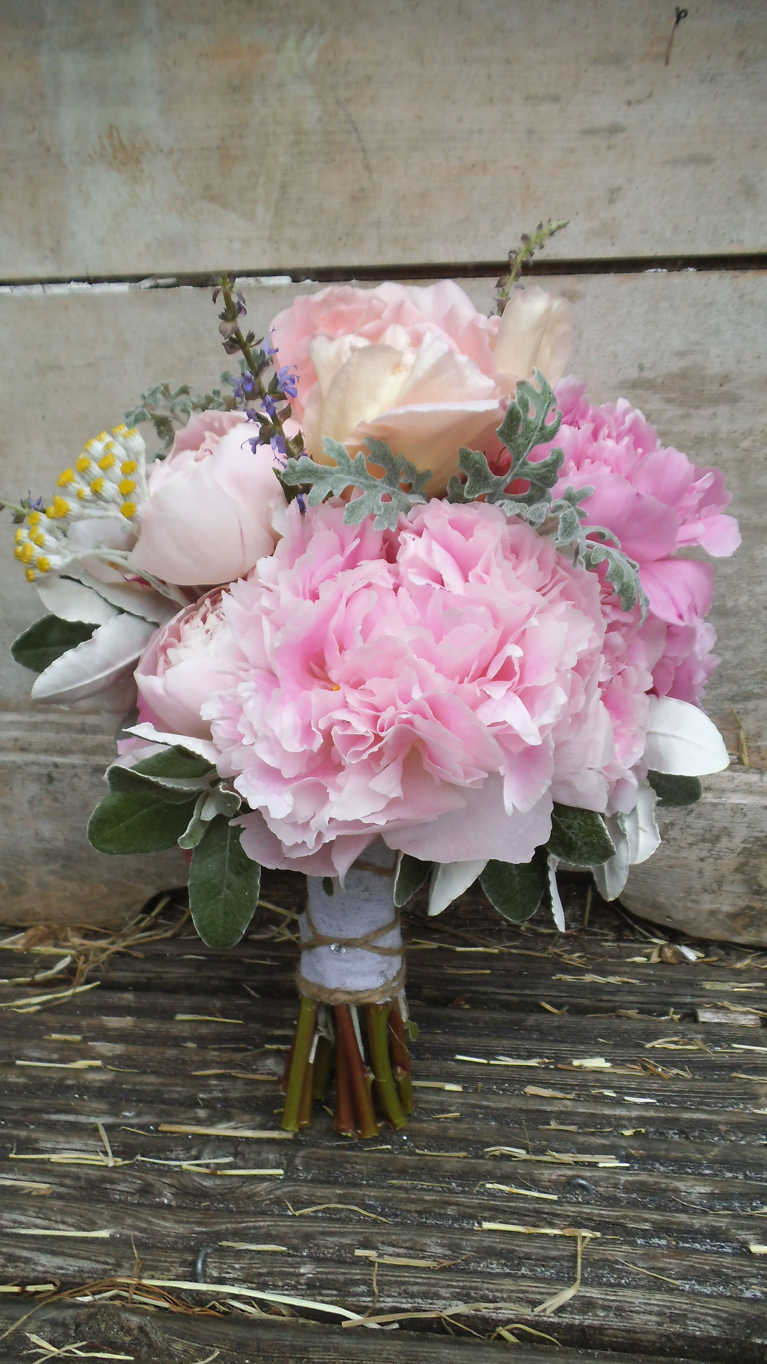 rose and peony bouquet | stuff I like | Pinterest | Peonies bouquet ...