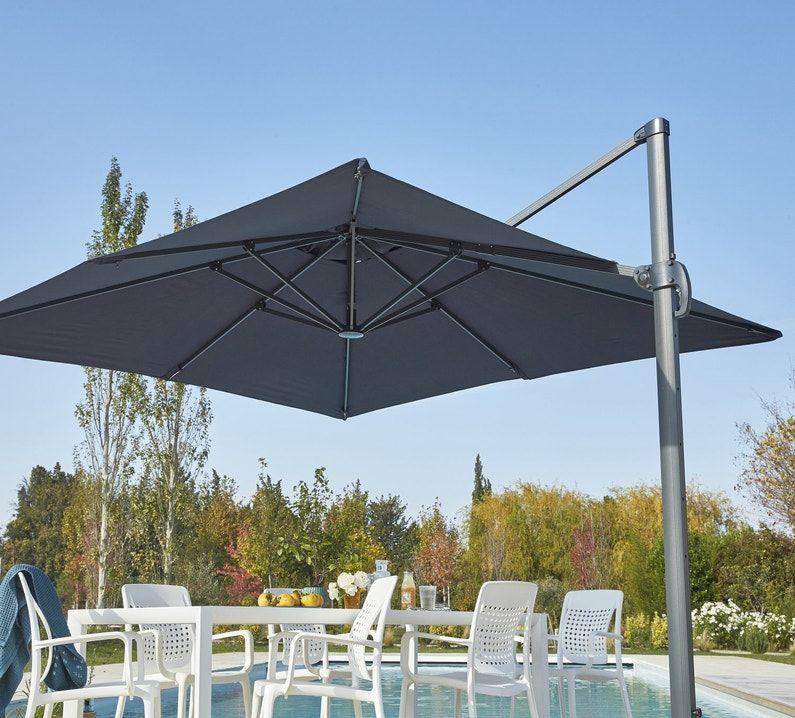 Un Parasol Balcon Rectangulaire Leroy Merlin Parasol Parasol Deporte Parasol Balcon