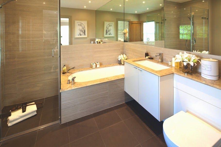 Schön Ihr Bad Mit Badewanne Im Heinz Von Heiden Musterhaus In Lohfelden   Badezimmer  Justus