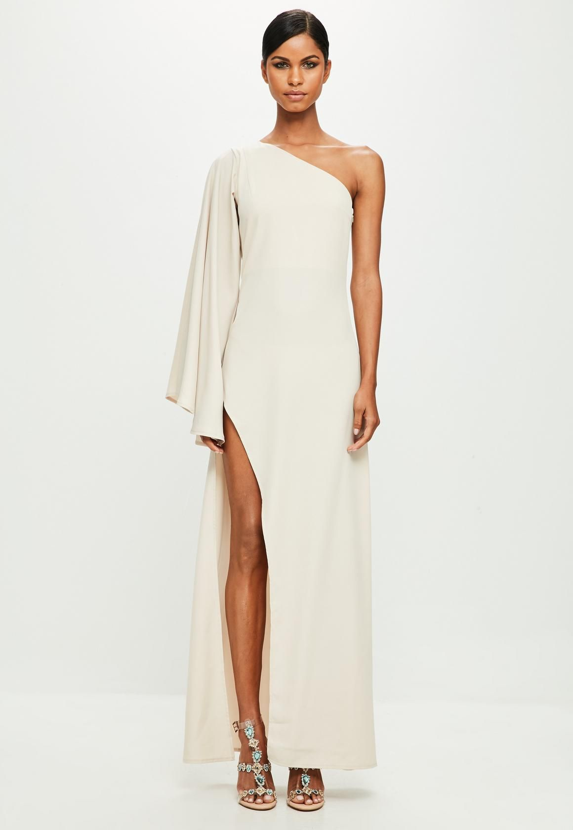 178a7b2e6 Missguided - Peace Love Vestido largo de escote asimétrico en nude