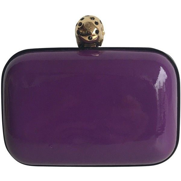 Pre-owned Skull Box Clutch (9.250 ARS) ❤ liked on Polyvore featuring bags, handbags, clutches, violet, purple purse, preowned handbags, skull box clutch, patent leather handbags and round handbag