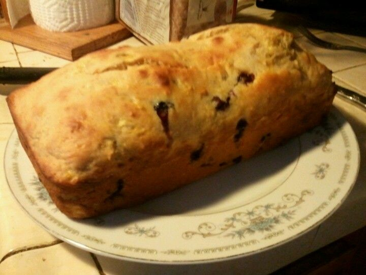 My attempt at the Greek yogurt blueberry banana bread I posted earlier:: SUCCESS (;