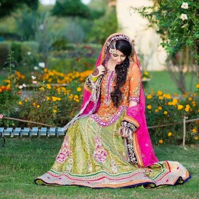 Mehandi Bride Dress 2018