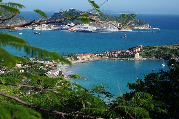 Saint Martin - Little Bay   Flickr - Photo Sharing!