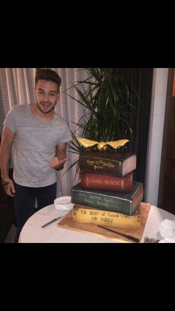 Sensational So Jealous Of Liams 22Nd Birthday Cake Lucky Duck With Images Funny Birthday Cards Online Aeocydamsfinfo