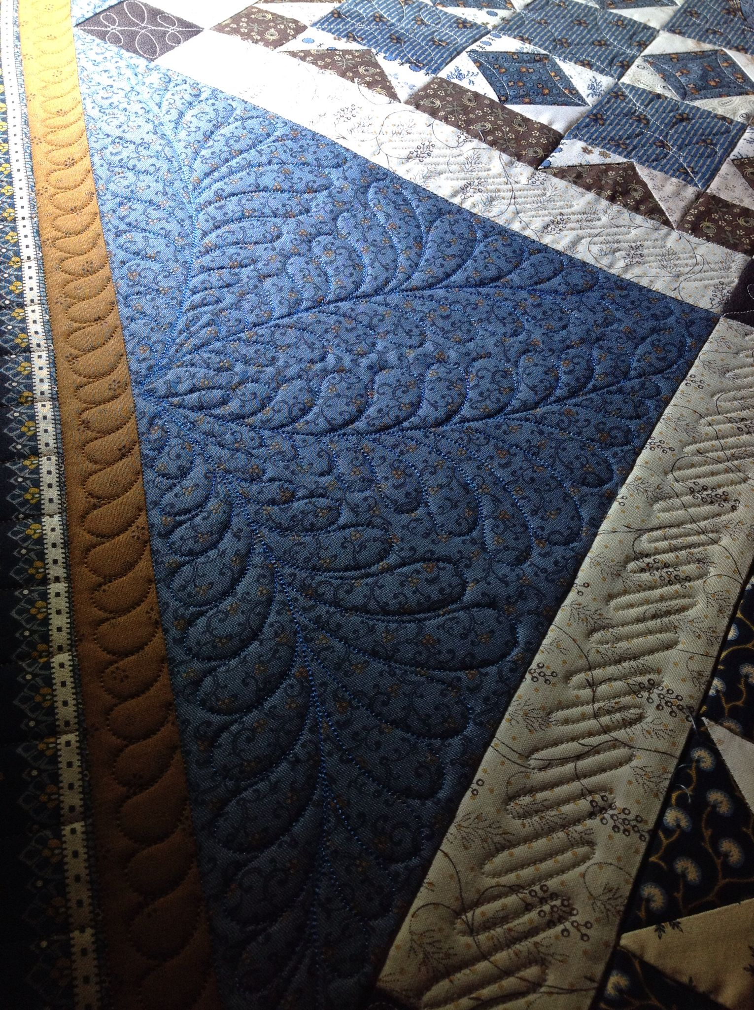 Quilted by Renee Sauve of Log Cabin Quilter | Quilts - Log Cabin ...