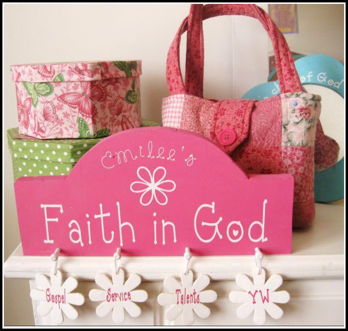 Faith in God award idea for girls